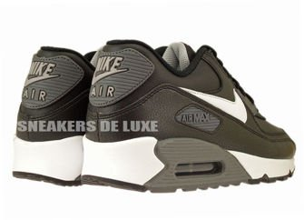 537384-012 Nike Air Max 90 Essential